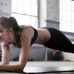 LOL! Watch Gigi Hadid STRUGGLE to hold a Plank