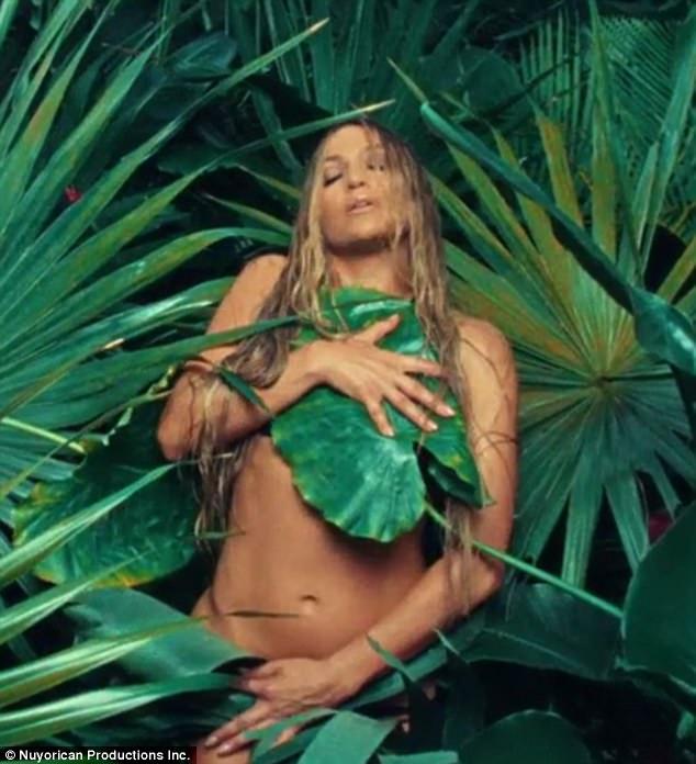 Jennifer Lopez Poses Nude in Ni Tu Ni Yo Music Video